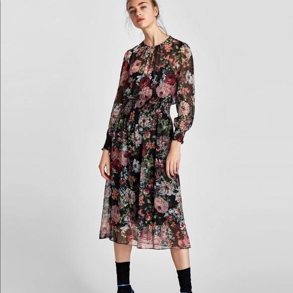 8dd028ac Zara - flower dress with slip. M_5a652777a825a683217251e9